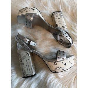 New Dolce Vita liberty silver leather heels sandal